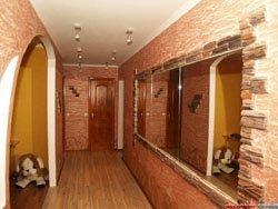 отделка коридора в Омске